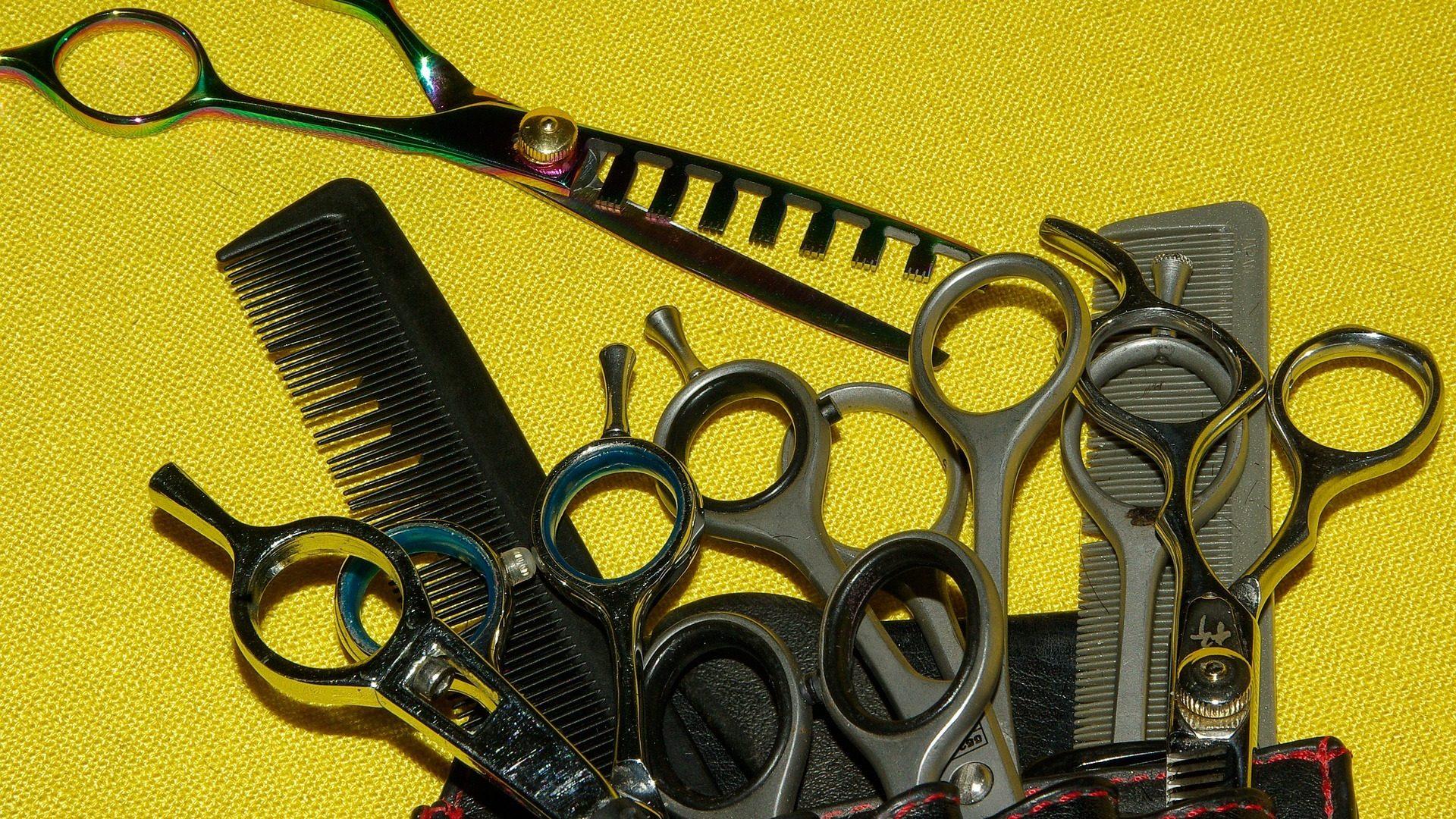 hairdresser-1098831_1920